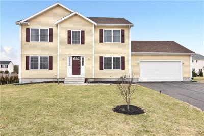 Newport County Single Family Home Act Und Contract: 55 Sloop Dr