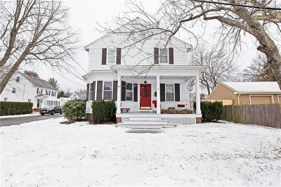 East Providence Single Family Home Act Und Contract: 121 Hope St