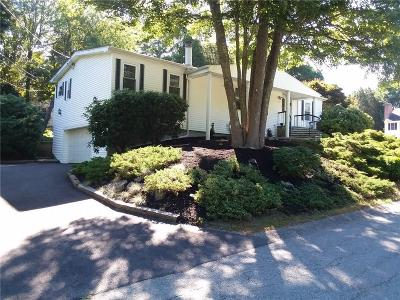Newport County Single Family Home For Sale: 20 Susan Lane