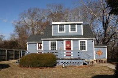South Kingstown Single Family Home For Sale: 567 Saugatucket Rd