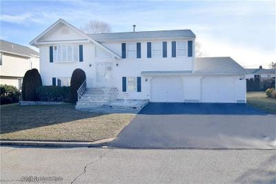 North Providence Single Family Home For Sale: 12 East Lakeview Dr