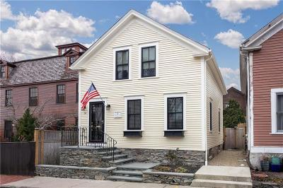 Newport Single Family Home For Sale: 54 Second St