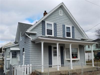 Woonsocket Single Family Home For Sale: 28 Yolande Pl