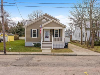 Newport County Single Family Home For Sale: 29 Merton Rd