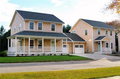 Newport County Condo/Townhouse For Sale: 13 Arnold Av, Unit#b #B