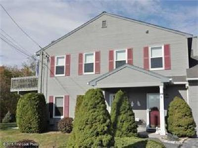 North Providence Condo/Townhouse For Sale: 29 Swan Ct, Unit#g #G