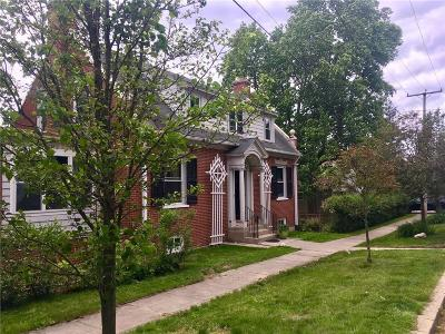 North Providence Single Family Home For Sale: 4 Central Av