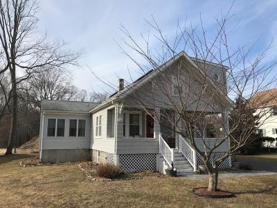 Barrington Single Family Home Act Und Contract: 242 Sowams Rd
