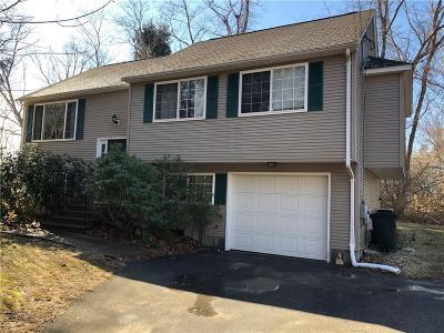 Narragansett RI Single Family Home For Sale: $410,000