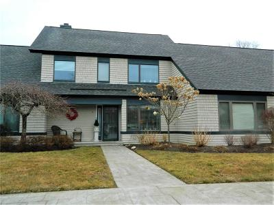 Washington County Condo/Townhouse For Sale: 2 Blind Brook Dr
