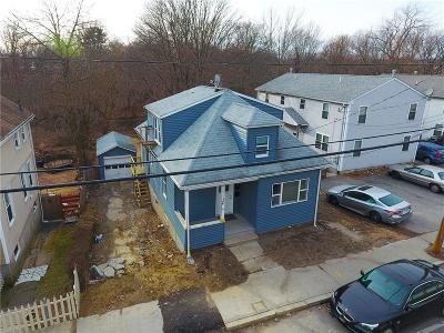 Providence Multi Family Home For Sale: 748 Manton Av