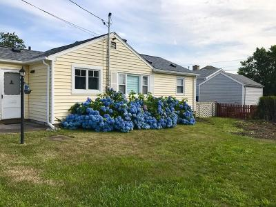 Tiverton Single Family Home For Sale: 25 Ronnie St