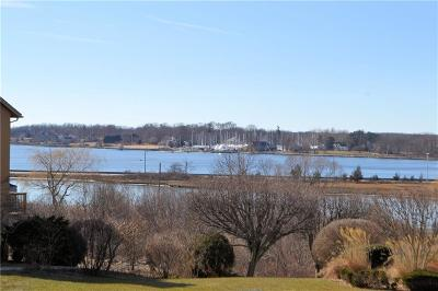Bristol Single Family Home For Sale: 5 Overlook Dr