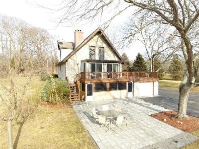 Tiverton Single Family Home For Sale: 2955 Main Rd