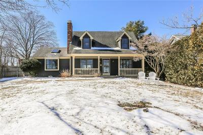 Bristol County Single Family Home Act Und Contract: 8 Sowams Rd