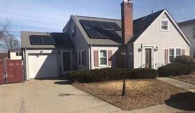 West Warwick Single Family Home For Sale: 11 Alden Dr