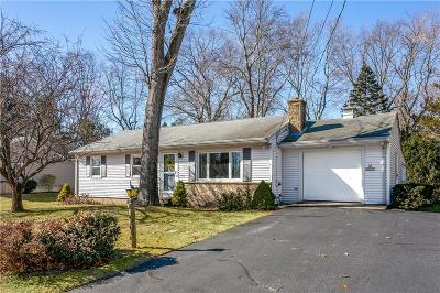 Kent County Single Family Home For Sale: 65 Bayberry Lane