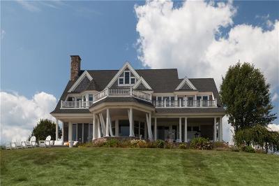 Portsmouth Single Family Home For Sale: 409 Vanderbilt Lane
