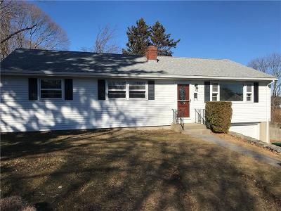 Middletown Single Family Home Act Und Contract: 1 Seaboard Ct