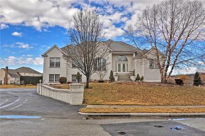Providence County Single Family Home For Sale: 23 Steeple Lane