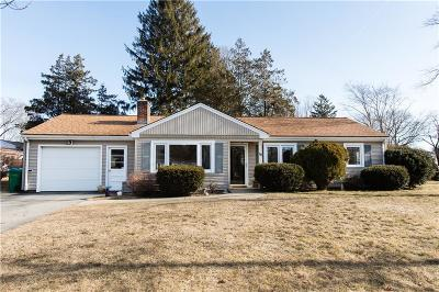 Warwick Single Family Home For Sale: 86 Capron Farm Dr