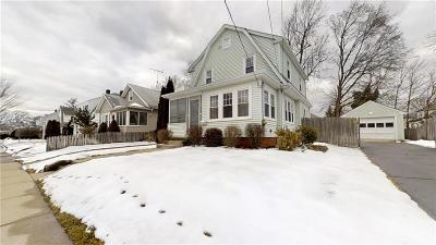 Cranston Single Family Home For Sale: 57 Hawthorne Av