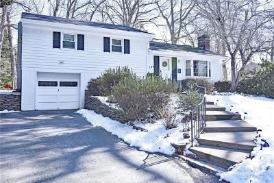 East Greenwich Single Family Home For Sale: 124 Pequot Trl