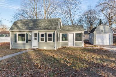 Kent County Single Family Home For Sale: 70 Hutchinson St