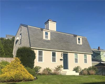 Newport County Single Family Home For Sale: 8 Boss Ct