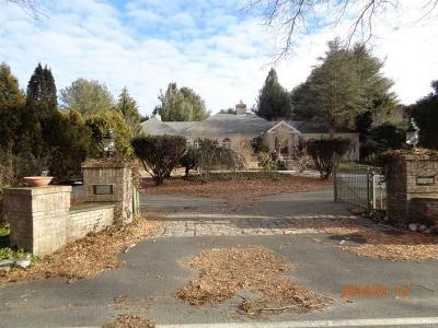 Scituate Single Family Home For Sale: 162 Westcott Rd