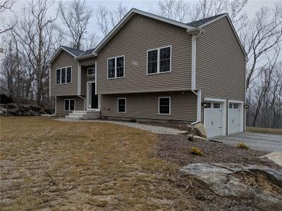 Providence County Single Family Home For Sale: 59 Maple Rock Rd