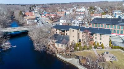 West Warwick Condo/Townhouse For Sale: 771 Main St, Unit#5 #5