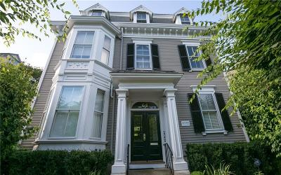 East Side Of Prov RI Condo/Townhouse For Sale: $550,000