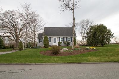 Seekonk Single Family Home For Sale: 99 Brook Hill Dr