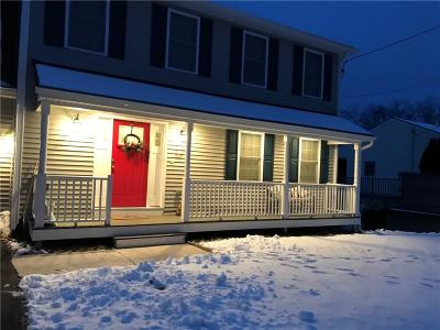 North Providence Single Family Home For Sale: 127 Jacksonia Dr