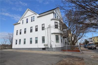Providence RI Multi Family Home For Sale: $355,000