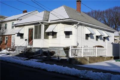 Providence RI Single Family Home For Sale: $220,000