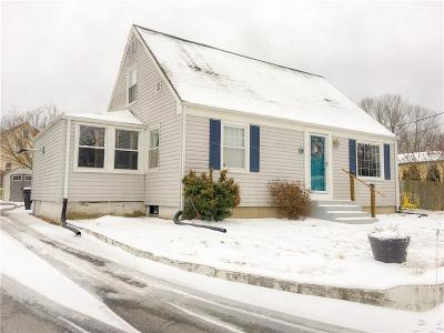 Coventry RI Single Family Home For Sale: $212,000