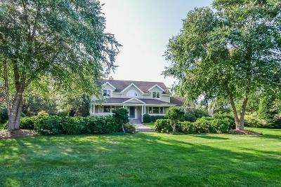 North Kingstown Single Family Home For Sale: 91 Church Wy
