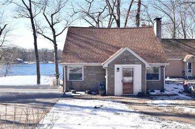 Glocester Single Family Home Act Und Contract: 396 Lake Washington Dr