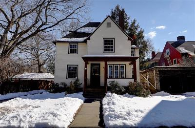 Providence County Single Family Home For Sale: 77 Elton St