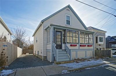 Newport Single Family Home For Sale: 37 Simmons St