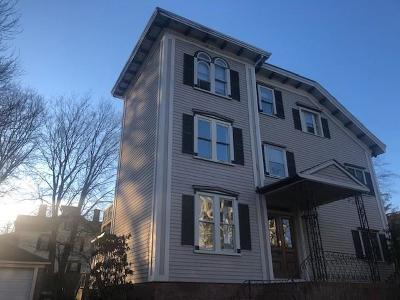 Newport Multi Family Home For Sale: 7 Cottage St