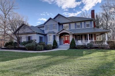 East Greenwich Single Family Home For Sale: 5 Hidden Lane