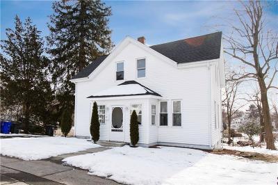 North Providence Single Family Home For Sale: 47 Metcalf Av