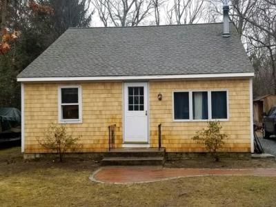 North Kingstown Single Family Home For Sale: 679 Hamilton Allenton Rd