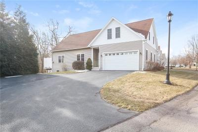 South Kingstown Condo/Townhouse For Sale: 79 Southwinds Dr