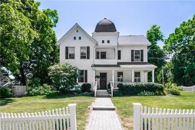 South Kingstown Single Family Home For Sale: 522 Main St