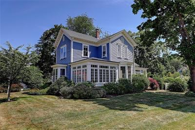 Bristol County Single Family Home For Sale: 66 Alfred Drown Rd