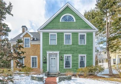 North Kingstown Single Family Home For Sale: 404 Wickford Point Rd